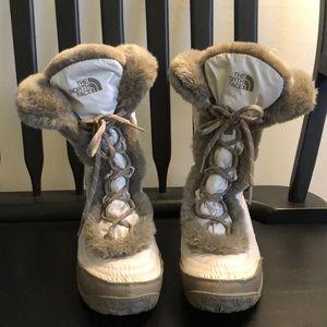 The North Face women's Nuptse Faux Fur Boot